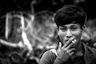 heckels.photography_smoker_bnw