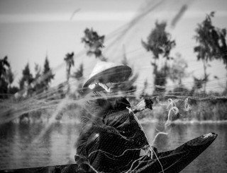 ThroughThe Net by Graeme Heckels Hoi An Street & Travel Photography, Vietnam