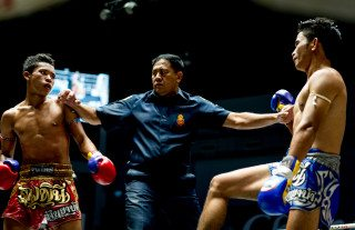 Muay Thai Boxing in Thailand by Graeme Heckels Travel & Street Photography