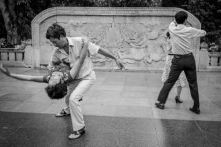 Black and White photo by Graeme Heckels Hanoi Street Photography Salsa